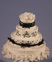 Black & White Wedding Cake 1:12