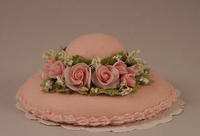 Pink Roses & Baby's Breath Hat Cake